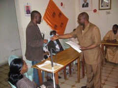 droits humains, élections présidentielles 2011, personnes handicapées,politique, partis politiques,accessibilité, political parties ,election, cameroon,rights,people with disabilies,disability, sightsavers, sensibiliation,candidats, conseil municipal,sénatorial, integration,inclusion,